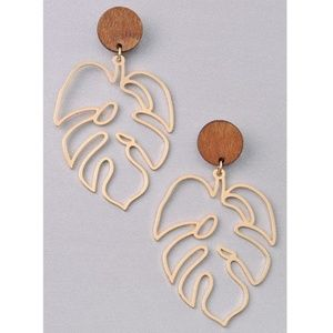 Palm Leaf Earring Gold Natural Wood New
